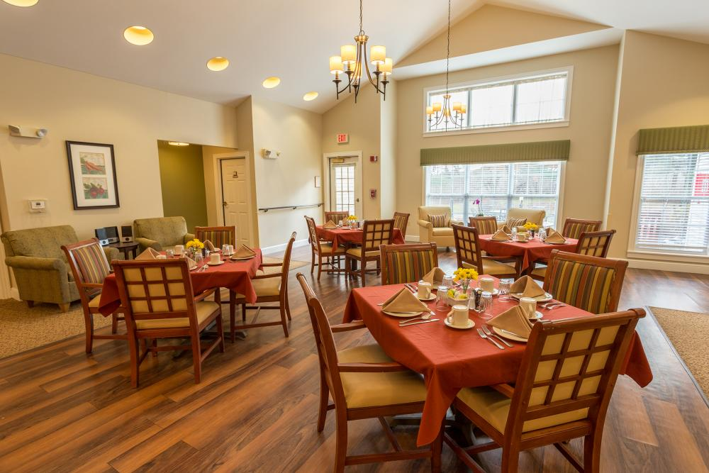 Dining Room at The Cottages at Dartmouth Village