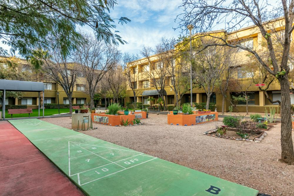 Courtyard - Broadway Proper Retirement Community