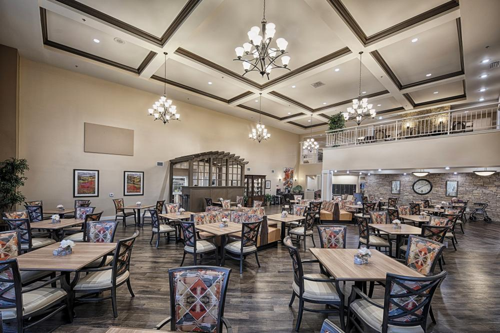 Dining Room at The Woodlake