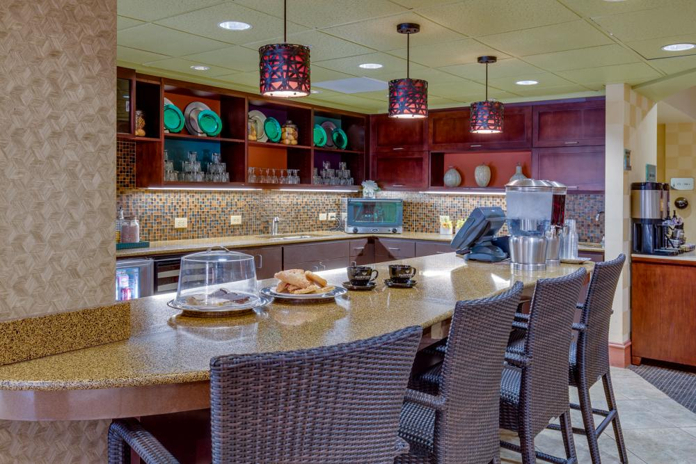 Bistro - Fairwinds - Desert Point Retirement Community