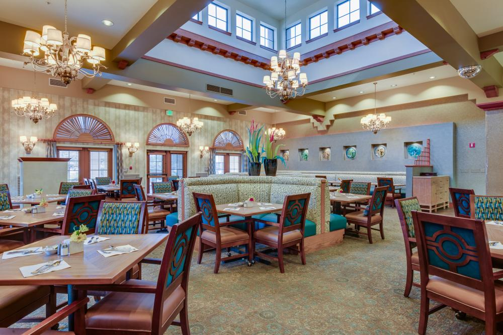 Dining Room - Fairwinds - Desert Point Retirement Community
