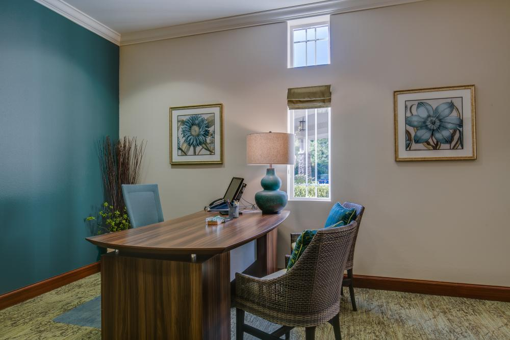 Concierge - Fairwinds - Redmond Retirement Community