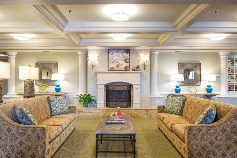 Common Room - Fairwinds - West Hills Retirement Community