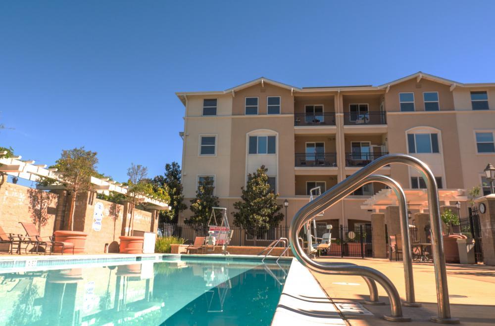 Swimming Pool   Heritage Estates Senior Apartments