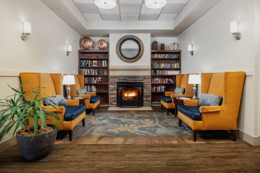 Lounge with Fireplace at Russellville Park