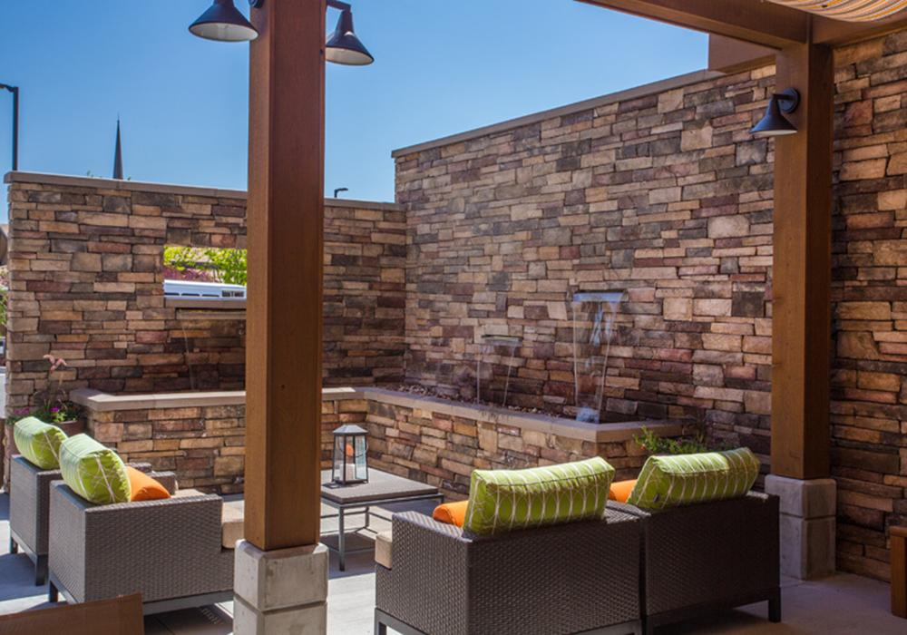 Outdoor Patio - Treeo Senior Living in Orem